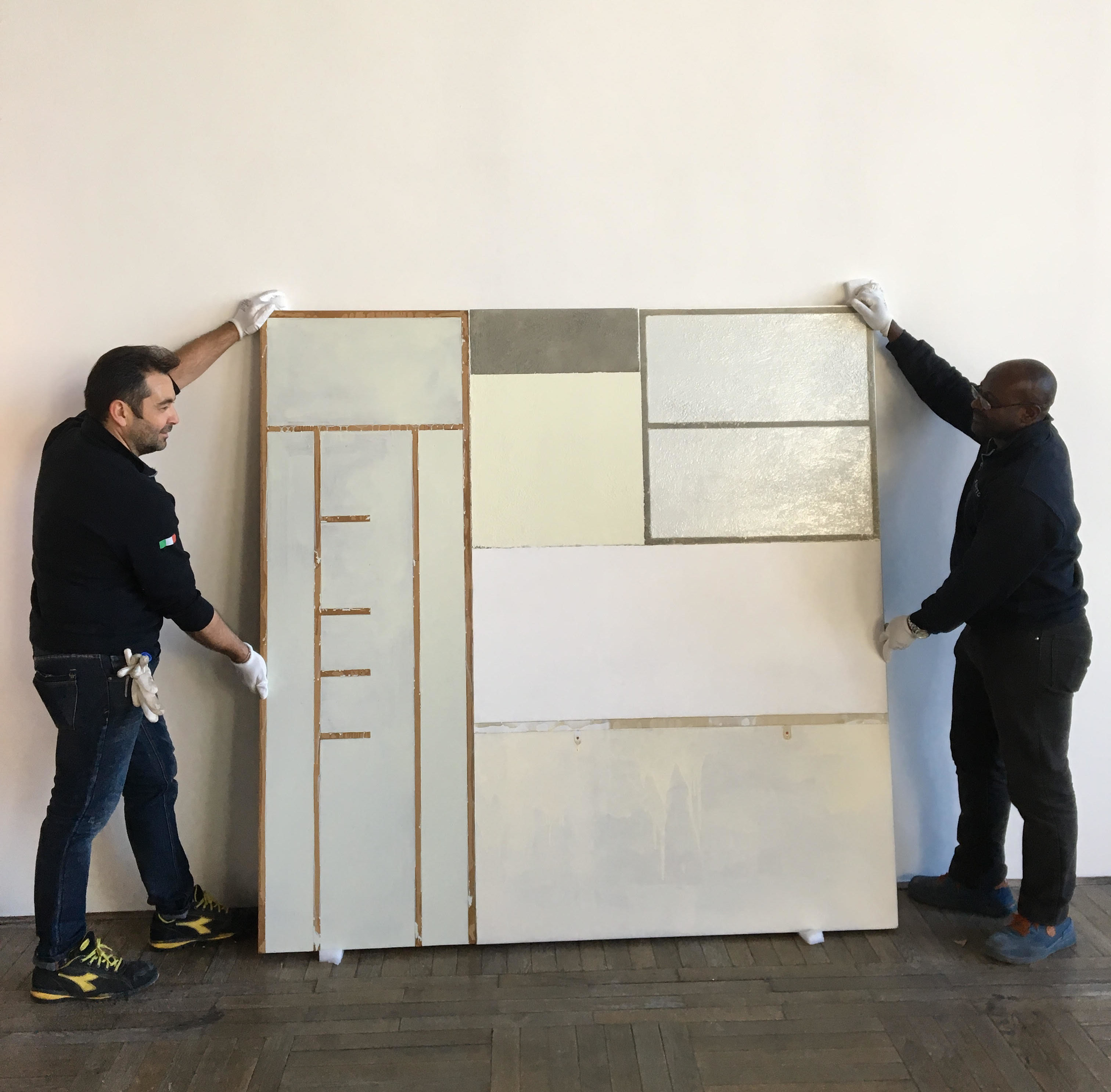 Safety in the moving of artworks